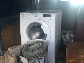 Washer dryer tumble hoover