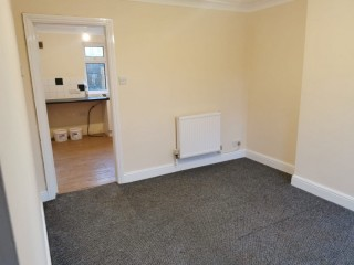 Recently Refurbished 2 Bedroom Property