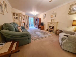 Flat in East Grinstead