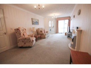 2 bedroom flat in East Grinstead