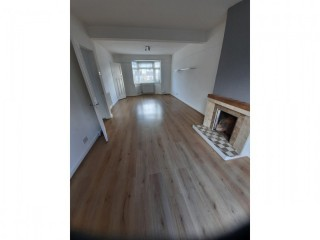 3 bedroom unfurnished house to rent in Patcham.