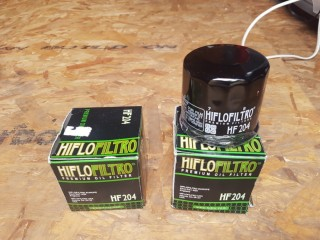 New oil filters for Triumph street twin HF204