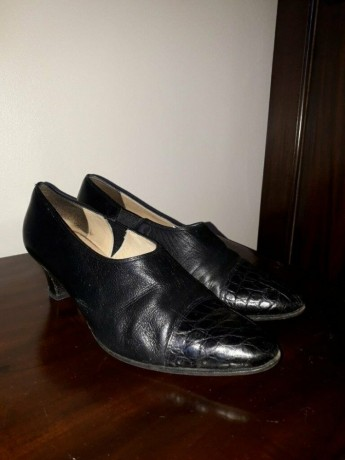 vintage-kurt-geiger-90s-two-tone-court-shoes-black-size-uk3-shepherds-bush-london-big-2