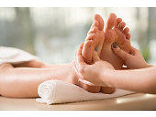 An Expertise in Reflexology, Head/ Neck/ Back & Shoulder Chair Massage and Beauty Treatments