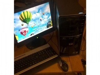 Great HP pavilion desktop PC with 17inch monitor, keyboard, mouse. Full set up