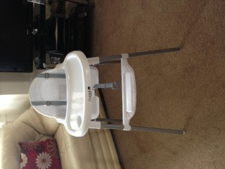 Baby highchair, free to collect
