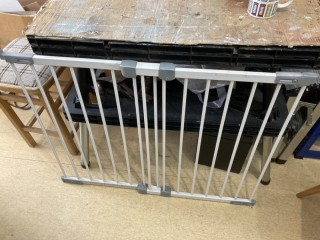 Extending safety gate, Used