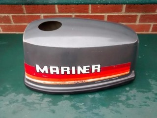 MARINER / YAMAHA 4HP OR 5HP 2 STROKE HOOD LID COVER FOR OUTBOARD MOTOR , BOAT