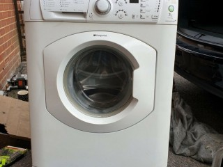 Fully functional 7kg washing machine for sale. Greenwich, London
