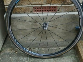 Shimano WH-R550 front wheel. Wimbledon, London