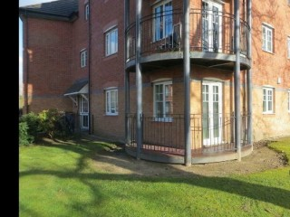 2 bedroom flat in York Court Burnage, Manchester, M19 (2 bed)