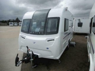 2 Berth - New - 2019 - Caravan Bailey Phoenix 420 -