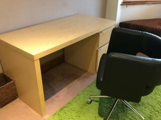 Large Desk with chair