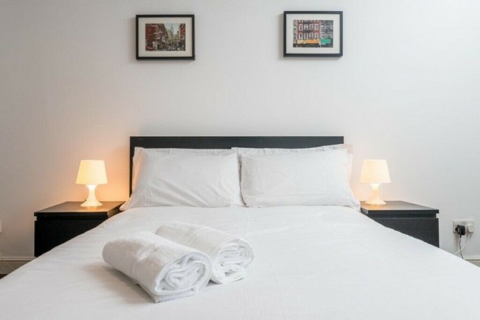 three-bedroom-apartment-in-shoreditch-short-term-let-available-big-1