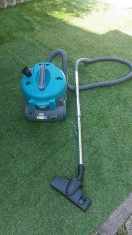 commercial-vacuum-cleaner-tennant-v6-power-1200w-good-condition-and-fully-working-big-2