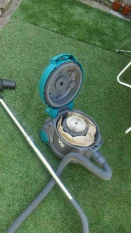 commercial-vacuum-cleaner-tennant-v6-power-1200w-good-condition-and-fully-working-big-1