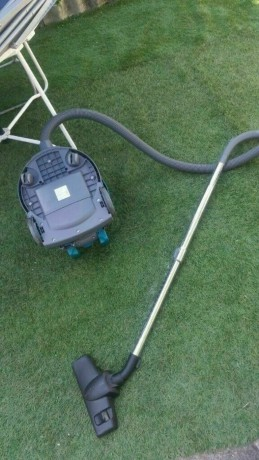 commercial-vacuum-cleaner-tennant-v6-power-1200w-good-condition-and-fully-working-big-0