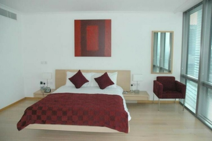 3-bedroom-flat-in-no-1-west-india-quay-hertsmere-road-canary-wharf-e14-big-2