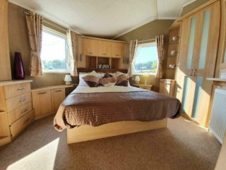 RARE Luxury Caravan - Free standing furniture