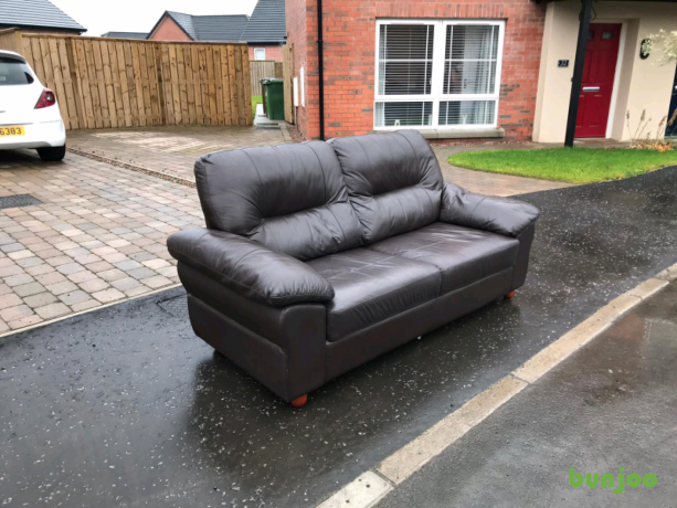 very-good-condition-3-seater-sofa-in-brown-leather-95-big-1