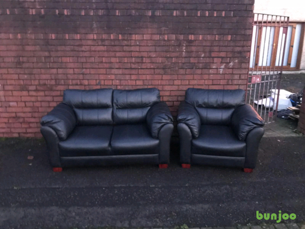 mint-condition-21-seater-sofa-in-black-leather-195-big-2