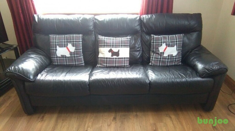 excellent-condition-large-black-leather-sofa-can-be-seen-in-hillington-glasgow-big-0