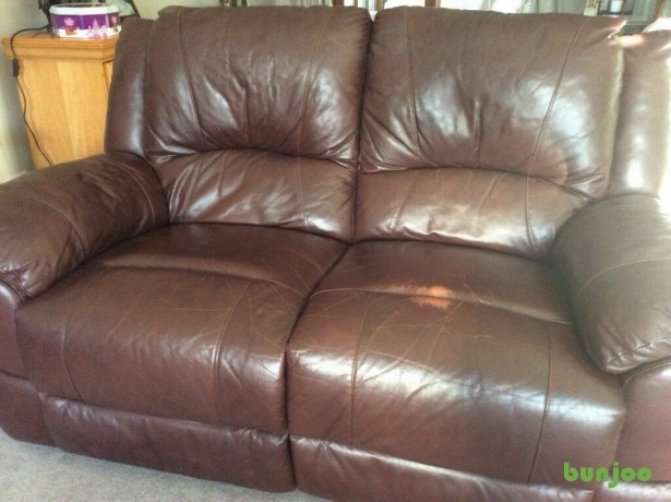 brown-leather-reclining-sofa-big-0