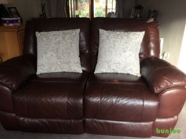 brown-leather-reclining-sofa-big-5