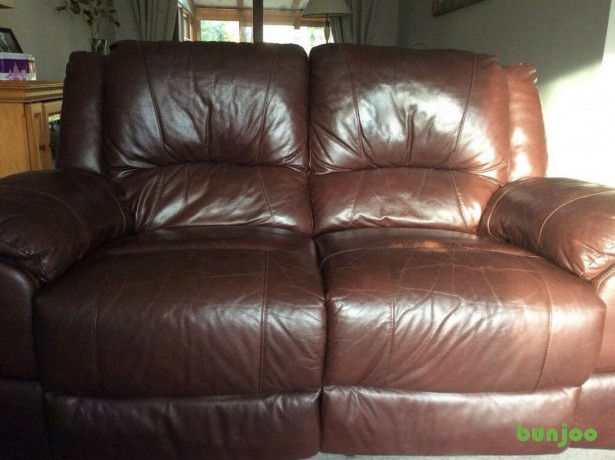 brown-leather-reclining-sofa-big-4