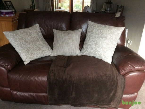 brown-leather-reclining-sofa-big-6
