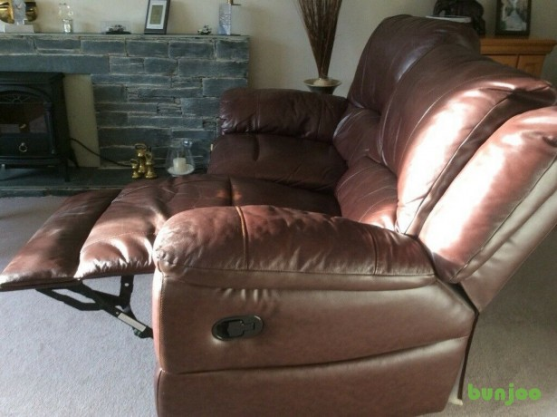 brown-leather-reclining-sofa-big-2