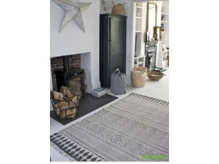 Large Rug Good condition