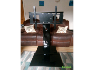 Flatscreen TV stand For Sale