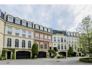 Luxury Townhomes for Sale in PeachTree Road, Atlanta